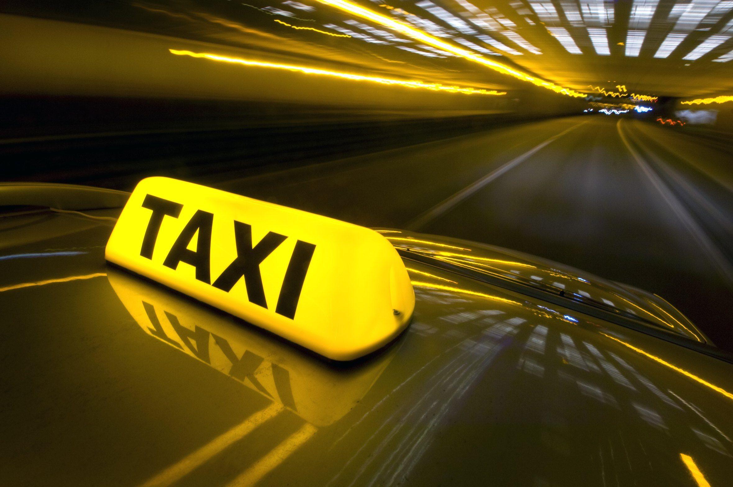 Parceria entre Easy Taxi e Multiplus permite acumular pontos no programa de fidelidade da TAM